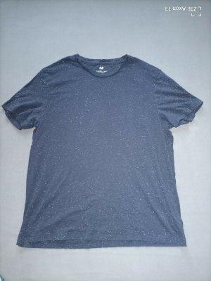 Gepunktetes Shirt