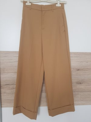 gerade geschnittene Hose von Zara