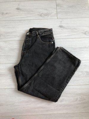 ASOS DESIGN Petite Mom-Jeans czarny