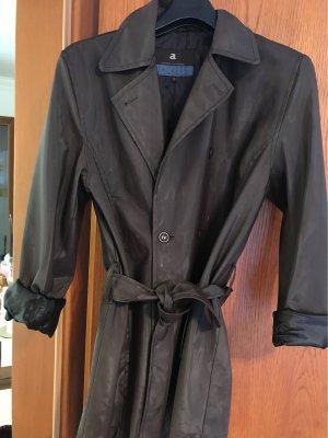 Gerade geschnittener Mantel super Qualität wue Regenmantel mit Gehschlitz hinten