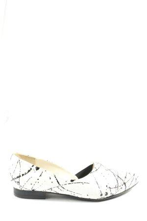 Gerry Weber Schlüpfschuhe weiß-schwarz abstraktes Muster Casual-Look