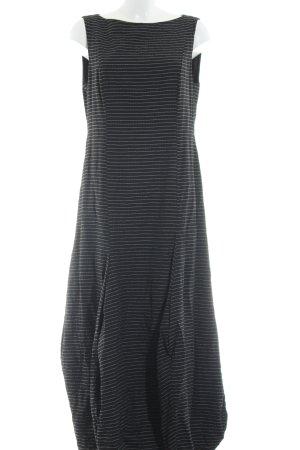 Gesine Moritz vestido de globo negro-blanco estampado a rayas look casual