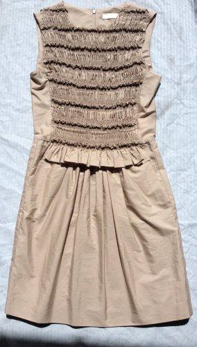 Gesmoktes Kleid in beige von Chloé