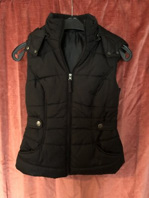 1982 Quilted Gilet black
