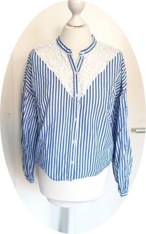 gestreifte Bluse mit Spitze von Zara