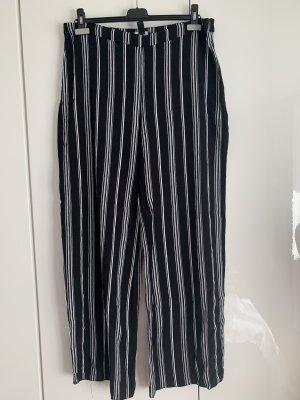 New Look Pantalon Marlene blanc-noir viscose