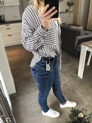 Gestreifte oversice-Hemd