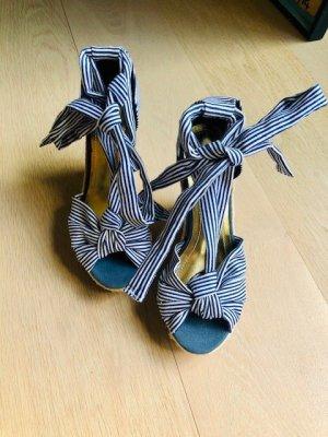 Gestreifte Sandalen mit Wedge von H&M *NEU*