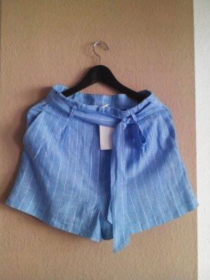 gestreifte Shorts in weiß- himmelblau aus Leinen und Lyocell, Größe 38, neu