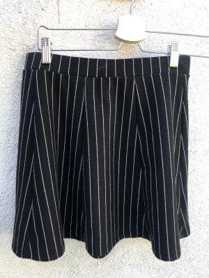 Pull & Bear Plisowana spódnica biały-czarny