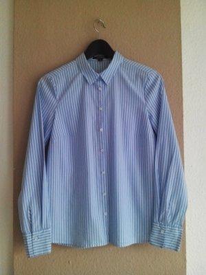 gestreiftes Hemd in weiß-blau, Größe 36