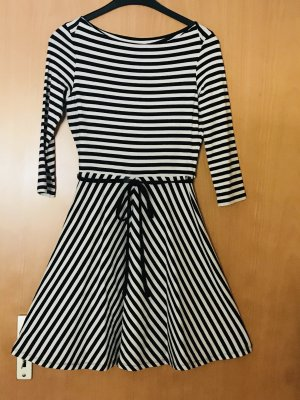 Uniqlo Longsleeve Dress white-black spandex