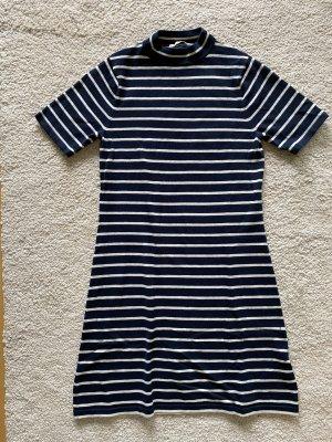 Gestreiftes Kleid (dunkelblau/weiß)