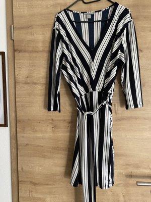 H&M Vestido cruzado blanco-azul oscuro