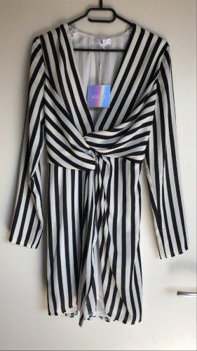 Gestreiftes Kleid von Missguided - NEU