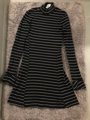 Gestreiftes Langarm Kleid von Pins & Needles