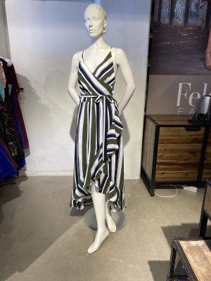 Gestreiftes langes Kleid mit Kreuzträgern