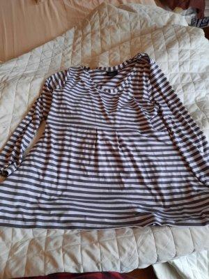 Gestreiftes Longshirt mit Schösschen und Taschen