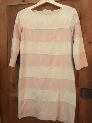 Gestreiftes oversize Kleid , Kauf dich glücklich