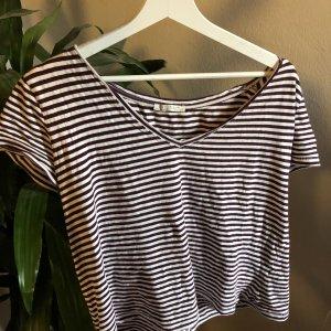 gestreiftes Shirt in Rot und Weiß