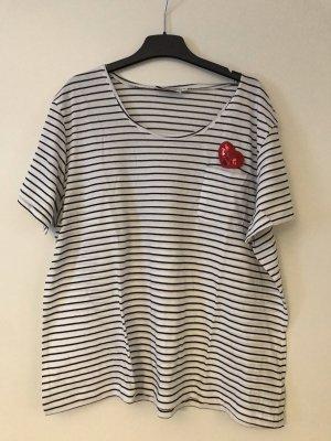 Gestreiftes Shirt mit Tasche und Herz Gr. XL