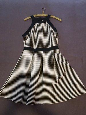 Beach Dress black-white