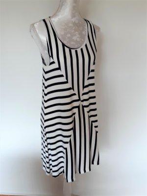 gestreiftes Sommerkleid von Vero Moda