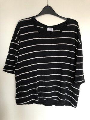 Gestreiftes T-Shirt von Zara