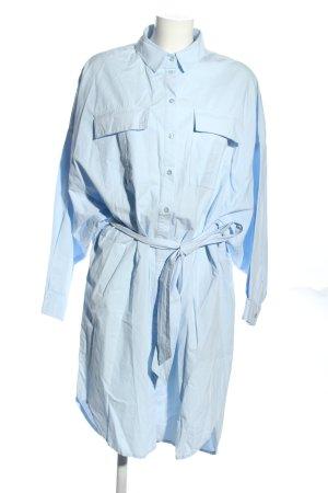 Gestuz Vestido tipo blusón azul look casual