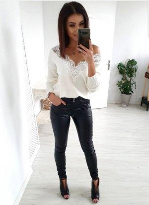 Spodnie z wysokim stanem czarny