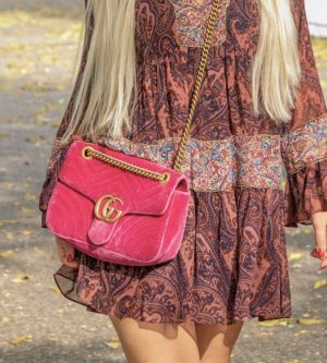 GG Marmont Shoulder Bag Velvet Rasperry