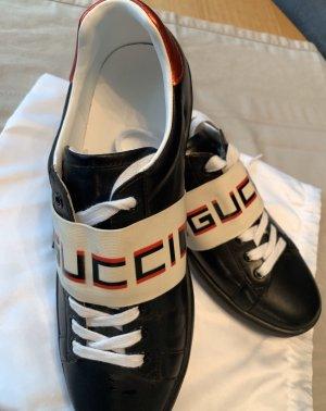 GG Schuhe mit Schriftzug 7
