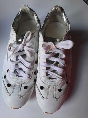 Ghōud sneaker