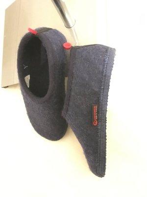 Giesswein Pantoufles-chaussette bleu foncé