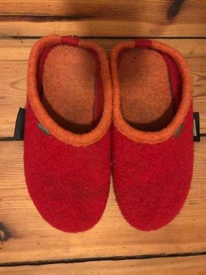 Giesswein: Hausschuhe Filz-Pantoffeln, rot/ orange, Gr. 37/ 38