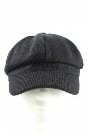 Gina Benotti Baker's Boy Cap black casual look