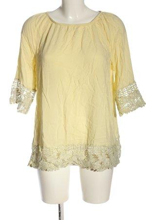 Gina Benotti Camisa tipo Carmen amarillo pálido look casual