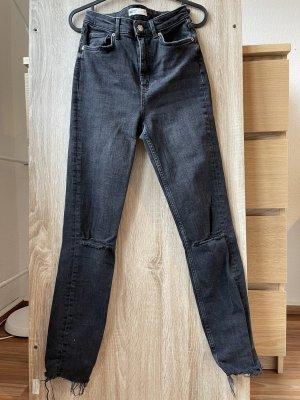 Gina Tricot Dopasowane jeansy czarny