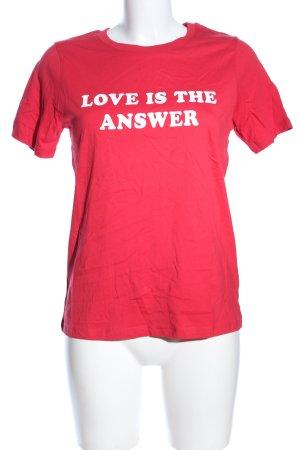 Gina Tricot Print-Shirt rot Schriftzug gedruckt Casual-Look