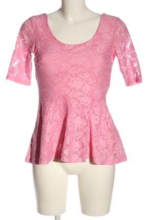 Gina Tricot Blouse en dentelle rose motif de fleur style décontracté