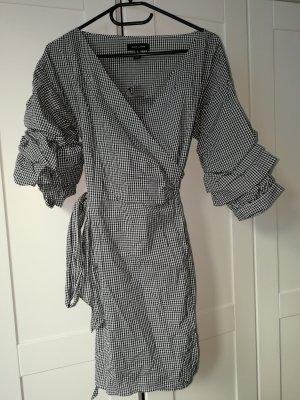 New Look Kopertowa sukienka biały-czarny