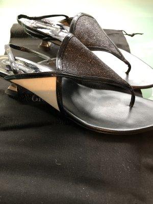 GIORGIO ARMANI Slingback Sandalen, Größe 37, Schwarz und Weiß