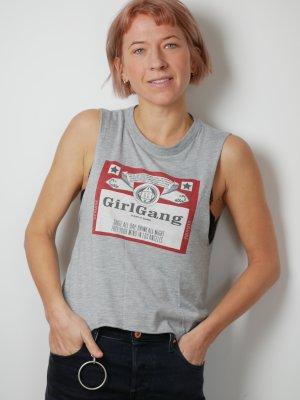 Girl Gang Shirt / Top mit schönem Rückenausschnittt