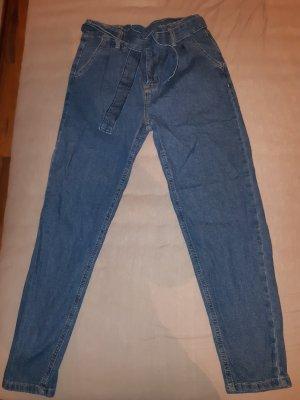 Girlfriend High Waist Jeans
