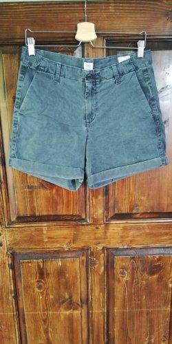 Girlfriend Shorts