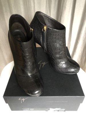 Giuseppe Zanotti Damen Ankle Boots Größe 40, 1x getragen