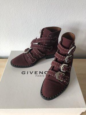 Givenchy Ankleboots aus Velourleder mit Nieten
