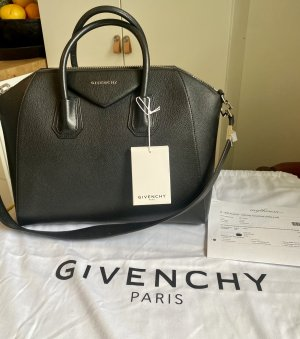 Givenchy Antigona-Medium