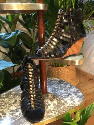Akira Wedge Sandals black