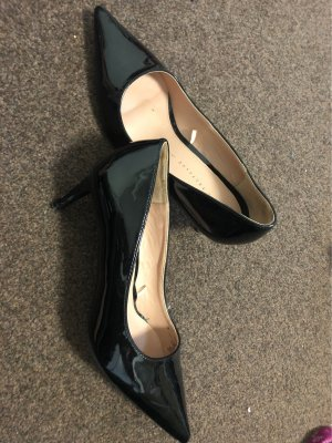 Glänzende Schuhe